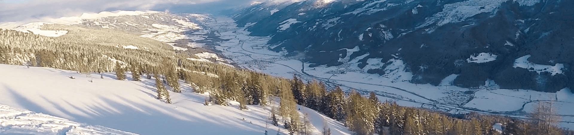 Der Ausblick in das Tal vom Berg aus in Bramberg